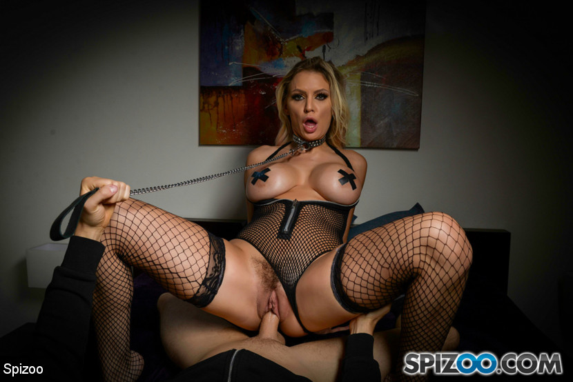 Kenzie Taylor – Kenzie Taylor Gets Caged_cover
