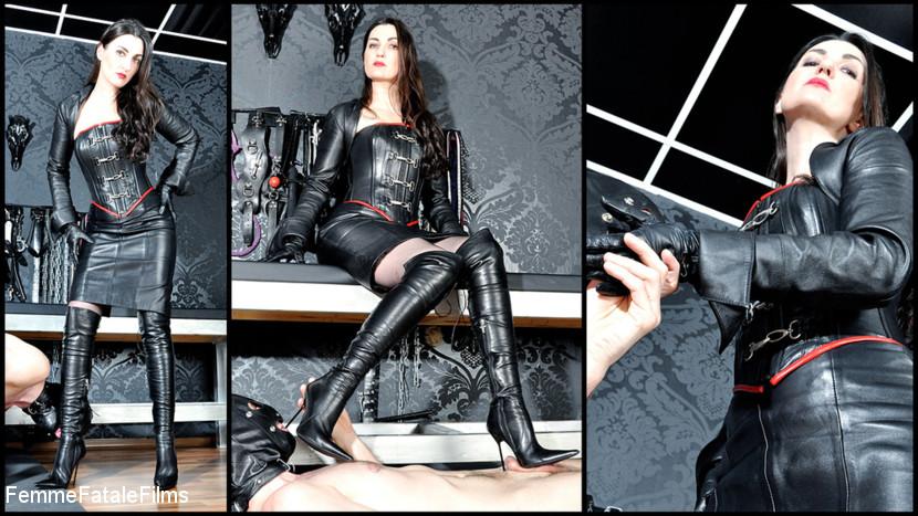 Victoria Valente – Leather Goddess_cover