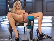 Cameron Dee – All Natural Blonde Bomb Shell Does Anal and Screams for More!!!