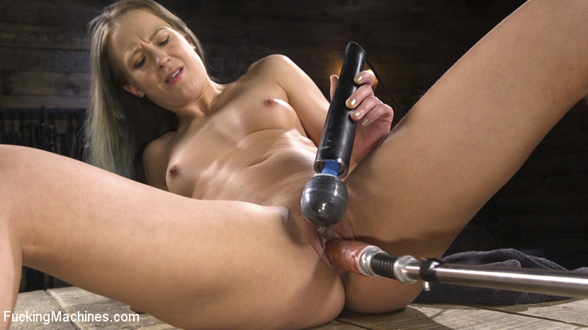 Cheyenne Jewel – Toned and Fit Babe Gets Fucked Into Massive Orgasms_cover