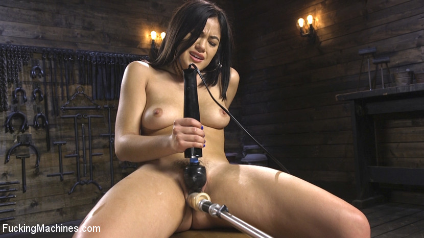 Kendra Spade – 19 year old Newbie Gets Fucked Senseless by The Machines_cover