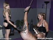 Mistress Savannah – Beat Those Balls Blue