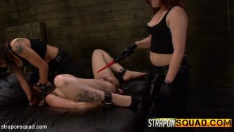 Kimber Woods – Pain Sub Slut Alessa Snow Endures Lesbian Domination